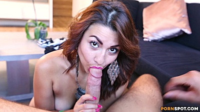 Elegant latina Diana giving oral sex and then climbing on sausage