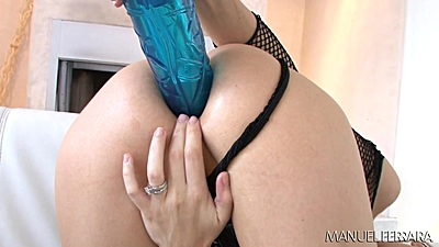 Giant dildo anal fucking with tight ass Mckenzie Lee