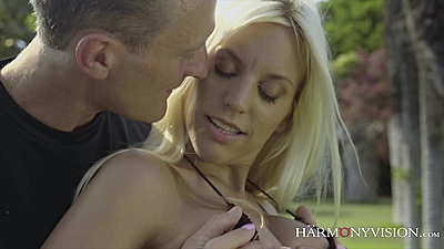 Outdoor sensual touching from personal trainer Blondie Fesser