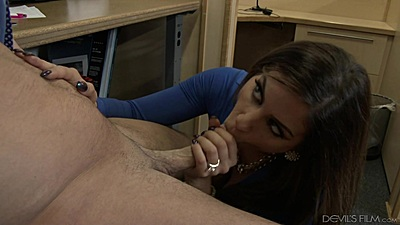 Blowjob under the table at the office with dirty boss Nikki Capone