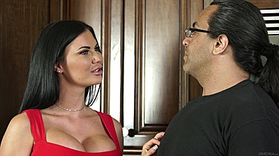 On fire milfs with pushed up tits Jasmine Jae and Amber Ivy and Maxim Law