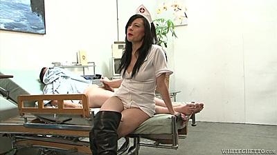 Playful nurse Vanessa Naughty invites men to fuck her in hospital