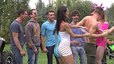 Party girls in for an orgy Samantha Bentley and Valentina Nappi and Samia Duarte