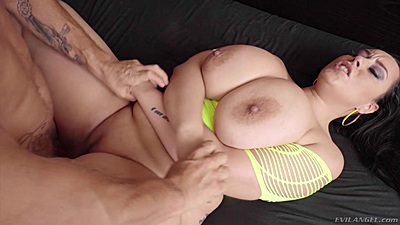 Frontal sex with big melons and bubble butt latina milf Anastasia Lux