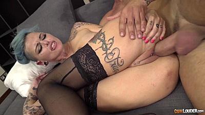 Inked body girl sideways plowing Onix Babe