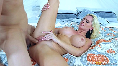 Summer is here so is the heat pussy wave with milf Alena Croft and Lily Love