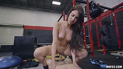 Sporty girl fucks at the gym Aubrey Rose