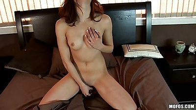 Lonely gf morning video with a dildo