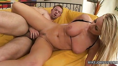 Sideways penetration for Carolyn Reese blonde and juicy titty fuck