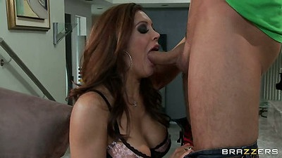 Redhead milf Francesca Le sucking dick with deep throat
