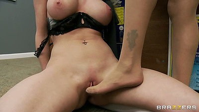 Quite enjoyable foot pussy fucking and pussy lesbian licking in class