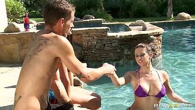 Pool time with Rachel RoXXX