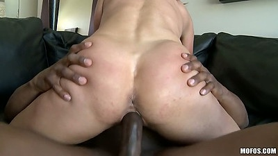 Cowgirl sex with milf Shayla Laveaux fucked in the air held up