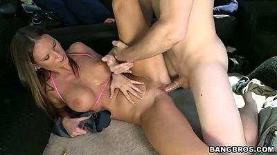 Backseat bangbus sex with super juicy Jennifer Dark getting fucked