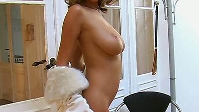 Big tits Zuzana Drabinova posing naked and fingering own pussy