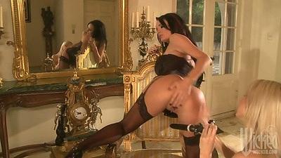 Great ass lesbians Sammie Rhodes and Alektra Blue ass licking and dildo fucking each other