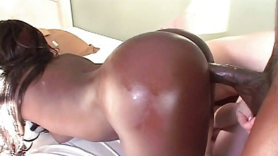 Ebony ass and a white chick Xena and Caroline Pierce threesome big ass sex