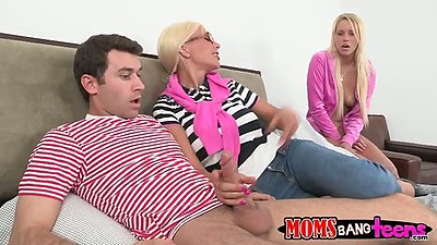Mother and daugther Vanessa Cage and Puma Swede in threesome boyfriend fuck