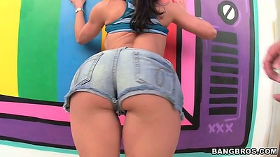 Big ass shorts on Kendra Lust posing her goods