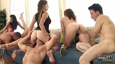 Group sex with sitting on face and doggy style with blowjobs