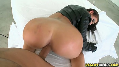 Oil on some nice Madison Rose ass and pov doggy style