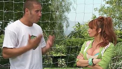 Soccer redhead milf mom Taylor Wane comes onto coach
