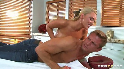 Cfnm massage time with Alexis Monroe prepping her client all naked