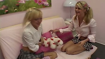 18 year old school girls with Little Summer undressing kissin each other