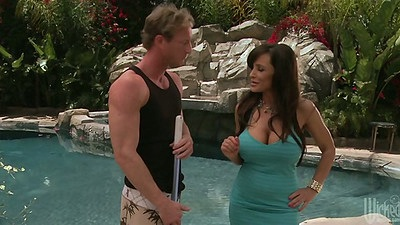 Big tits Lisa Ann a milf with nice sucking abilities outdoors
