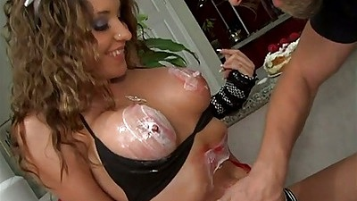 Big tits food play with Kinzie Kenner and cake in her pussy