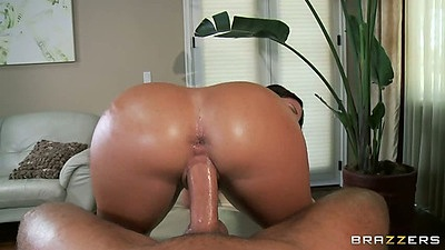 Reverse cowgirl oil pov sex with big round ass Jada Stevens after massage