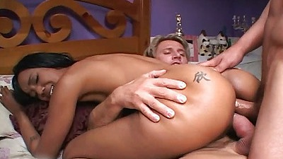Double penetration for round ass ebonoy chick Kapri Styles with anal
