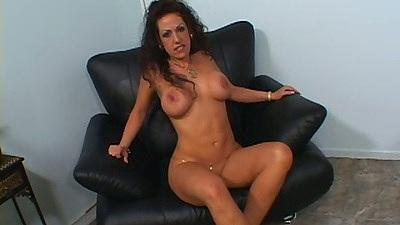 Brunette slut Angelica Lauren sucks off dick
