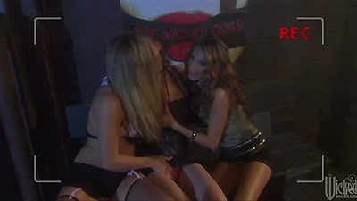 Justine Joli and Jenna Haze with Leah Luv lesbian threesome group sex