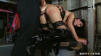 Doggy style milf skinny India Summer sex from behind in garage