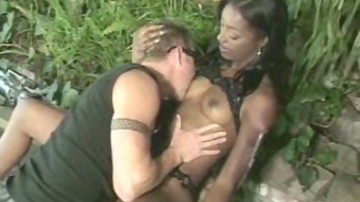 Natural tits ebony Cashmere gets pussy licked and stands on all fours