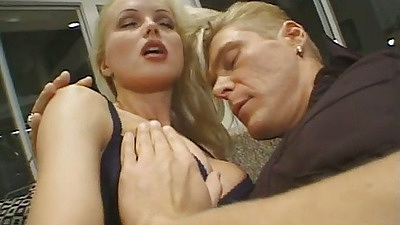 Sexy Silvia Saint gets tits touched and performs blowjob