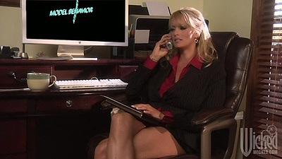 Office slut Charisma Cappelli talking on phone