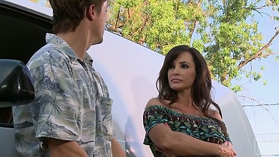 Milf Lisa Ann outdoors then goes for 69