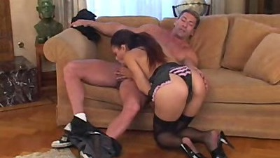Blowjob and cowgirl sex with Sunshine