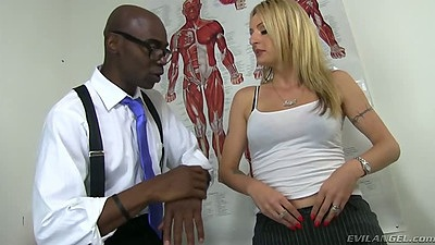 Doctor visit with Natasha Starr going interracial exam