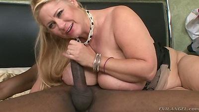 Big tits chubby milf Samantha 38g jerking and sucking