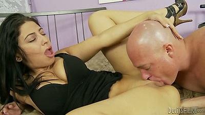 Pussy licking medium tits Allie Jordan