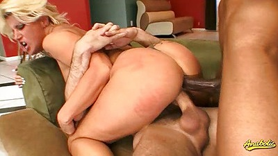 Cowgirl and double penetration anal with Summer Storm