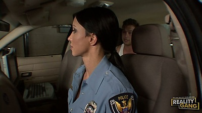Milf Jewels Jade in her uniform handjob and sucks dude in police car
