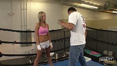 Fully clothed athletic girl Mckenzee Miles goes for pizza blowjob