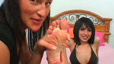 Riley Mason showing feet and getting naked