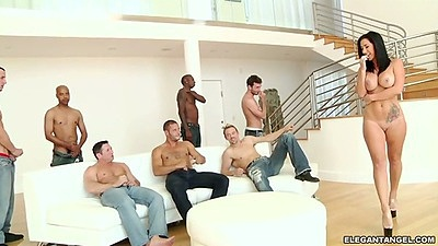 Solo Jayden Jaymes going for a gang bang and cocks from all angles