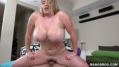Reverse cowgirl natural huge tits Maggie Green sex with doggy style