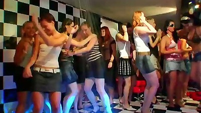 Christina Lee and Tarra White with Anita Queen and sd5 dancing club